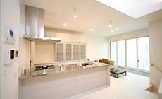 Sコレクション住宅のダイニングキッチン写真