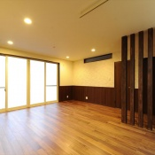 newhouse_living006_1000