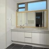 newhouse_sanitary014_1000