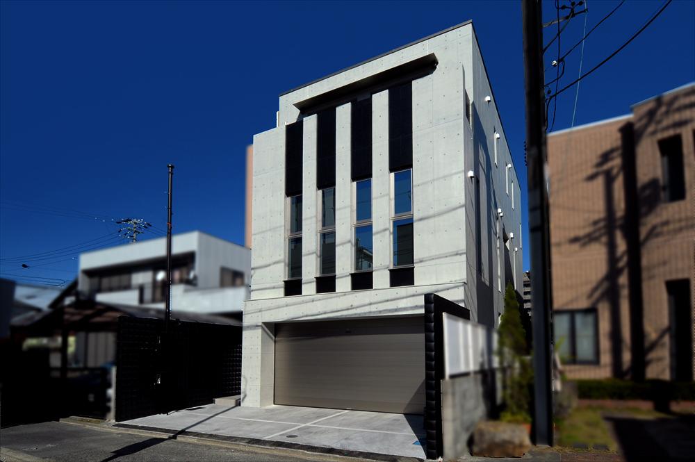 3階建てSコレクションの家